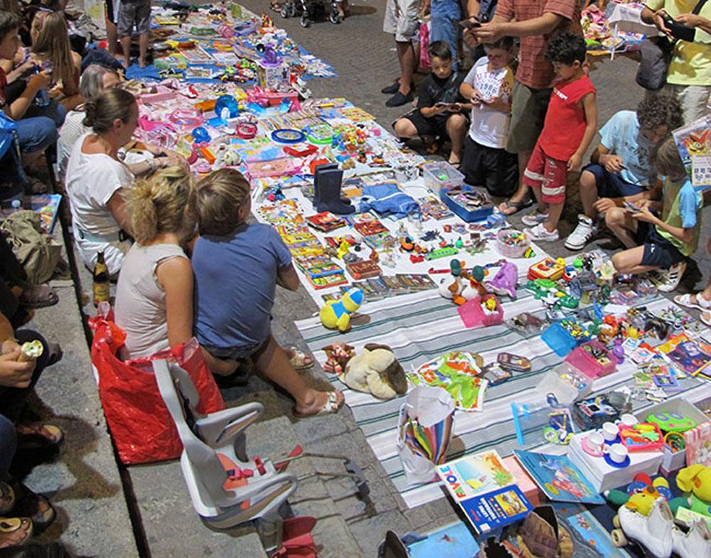 mercatino-bambini